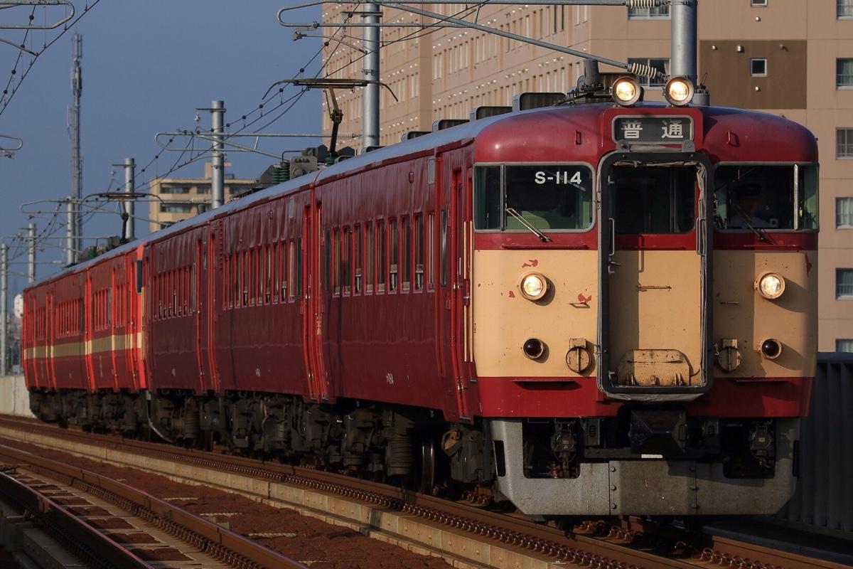 711系 238M 野幌