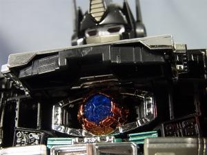 トランスフォーマー マスターピース MP-10B ブラックコンボイで比較、遊ぼう010