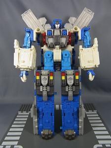 トランスフォーマー カーロボット C-023 機動隊長 ゴッドマグナス007