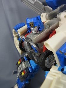 トランスフォーマー カーロボット C-023 機動隊長 ゴッドマグナス014