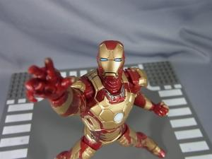 MARVEL LEGEND IRONMAN MARK.42023