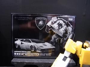 2013 東京おもちゃショー 業者日:タカラトミー:トランスフォーマー実車系008