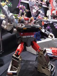 2013 東京おもちゃショー 業者日:タカラトミー:トランスフォーマー実車系010