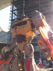 2013 東京おもちゃショー 一般日:MPタイガートラック入場列005