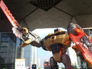 2013 東京おもちゃショー 一般日:MPタイガートラック入場列007
