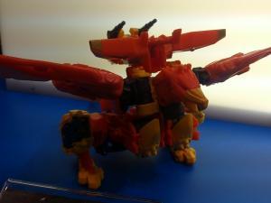 2013 東京おもちゃショー 一般日:タカラトミー:トランスフォーマーブース036