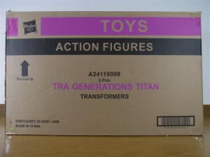 TF Generations Titan Class Metroplex で遊ぼう。001