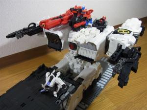 TF Generations Titan Class Metroplex シールレス スクランブルシティ 移動要塞009