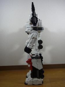 TF Generations Titan Class Metroplex シールレス ロボットモード003