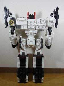 TF Generations Titan Class Metroplex シールレス ロボットモード004