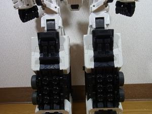 TF Generations Titan Class Metroplex シールレス ロボットモード006