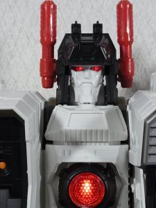 TF Generations Titan Class Metroplex シールレス ロボットモード013