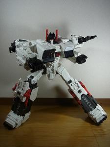 TF Generations Titan Class Metroplex シールレス ロボットモード017