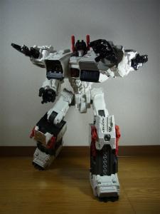 TF Generations Titan Class Metroplex シールレス ロボットモード019