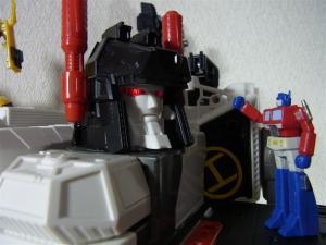 TF Generations Titan Class Metroplex シールレス ロボットモード026