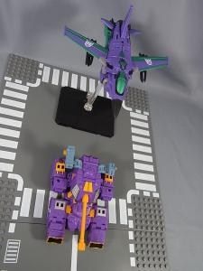 Transformers Collectors Club Exclusive Slipstream013