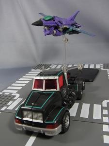 Transformers Collectors Club Exclusive Slipstream014