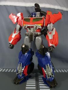 TF PRIME BEAST HUNTERS Ultimate Class BEAST HUNTER OPTIMUS PRIME009