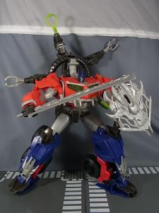 TF PRIME BEAST HUNTERS Ultimate Class BEAST HUNTER OPTIMUS PRIME013