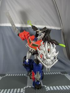 TF PRIME BEAST HUNTERS Ultimate Class BEAST HUNTER OPTIMUS PRIME018