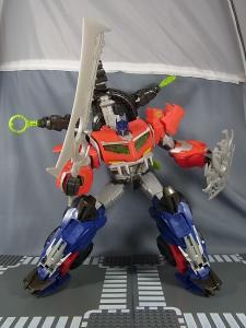 TF PRIME BEAST HUNTERS Ultimate Class BEAST HUNTER OPTIMUS PRIME020