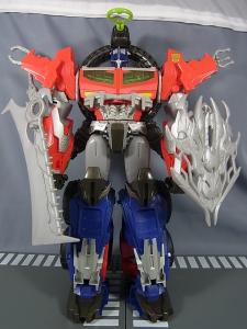 TF PRIME BEAST HUNTERS Ultimate Class BEAST HUNTER OPTIMUS PRIME026