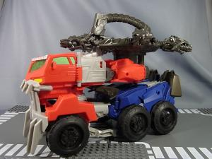TF PRIME BEAST HUNTERS Ultimate Class BEAST HUNTER OPTIMUS PRIME040
