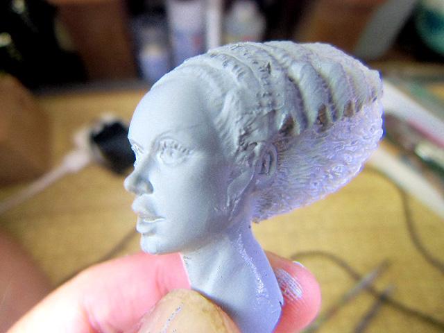 美しい顔の彫り