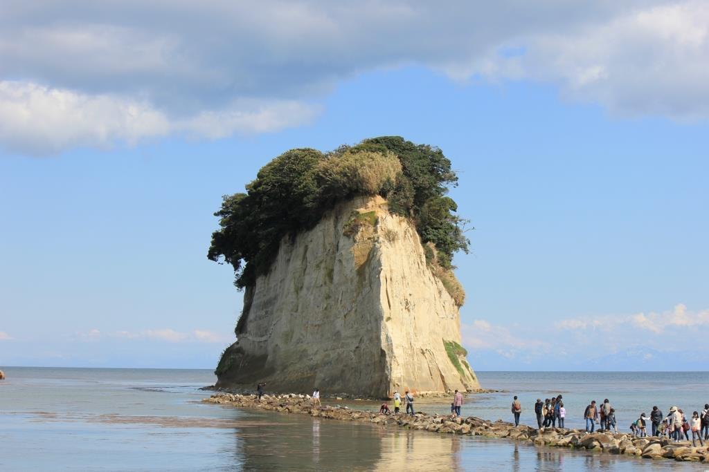 見附島(2位)