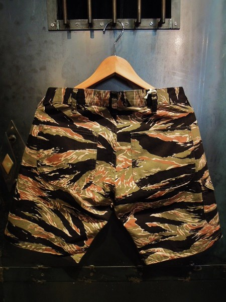 TOPAZ USMC SHORT PANTS (6)