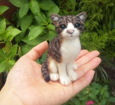 ヒツジのあしあと-羊毛フェルト 猫