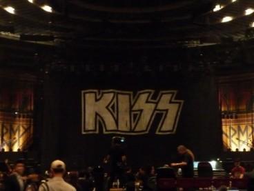 Kiss12