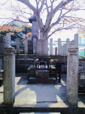 齋藤一の墓
