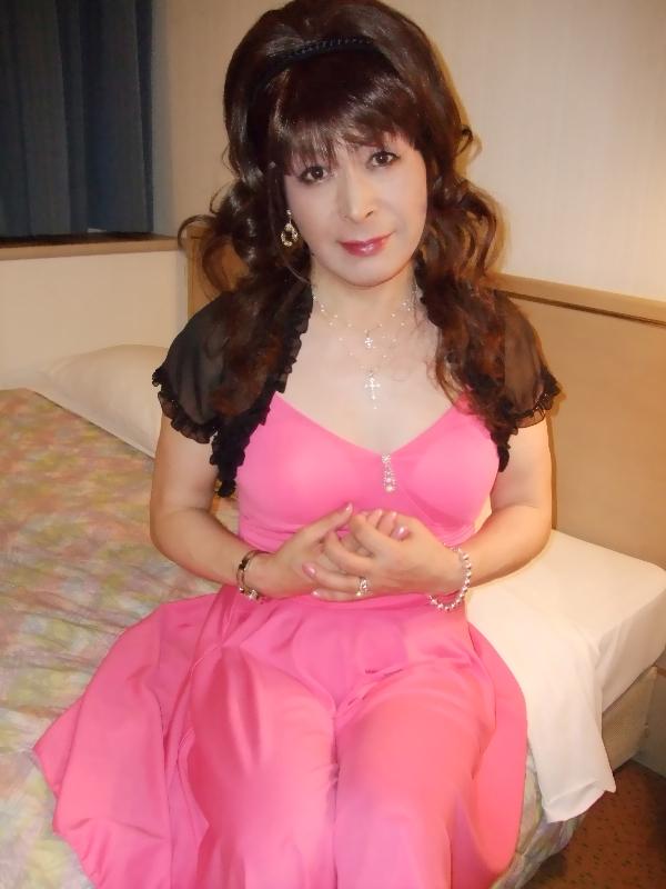 080319彩ピンクドレス(2)