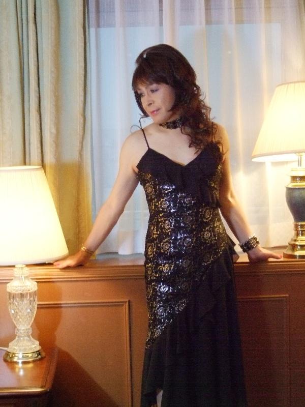 080328黒と銀のドレス(1)