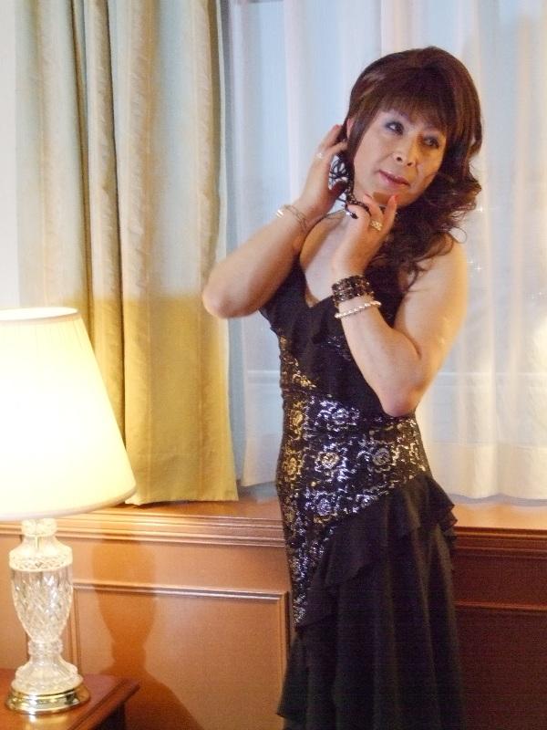 080328黒と銀のドレス(2)