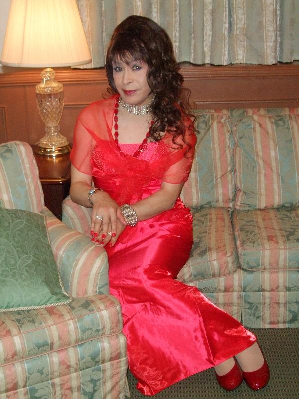 080328赤ドレス(1)
