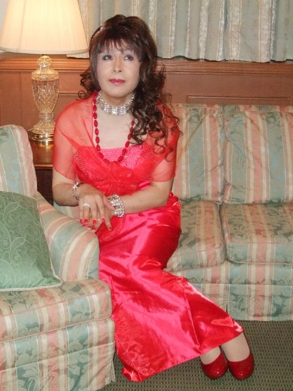 080328赤ドレス(2)