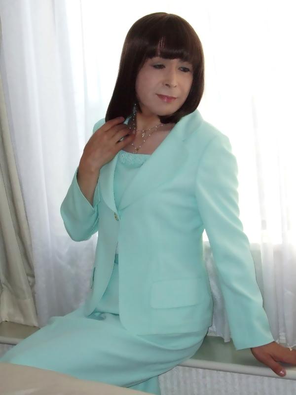 080406若草スーツ(1)