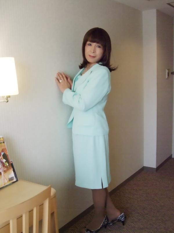 080406若草スーツ(2)