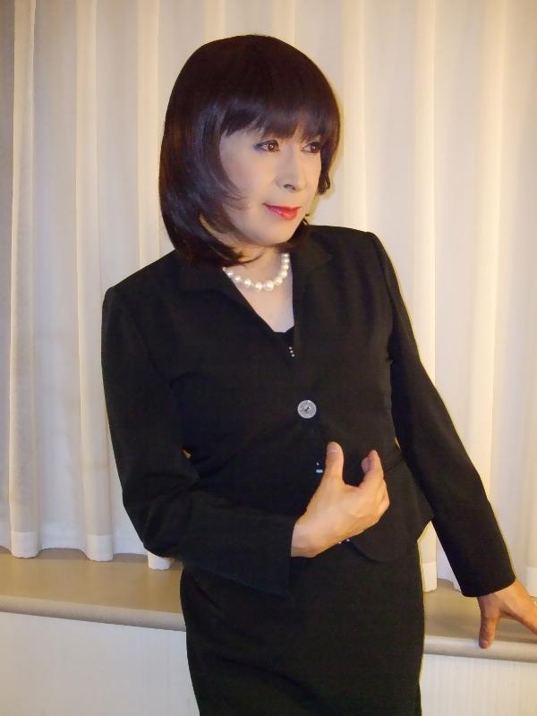 080512黒スーツ(2)