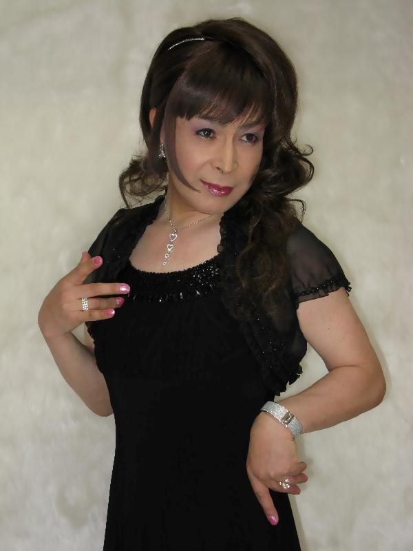 080730黒ドレス(1)