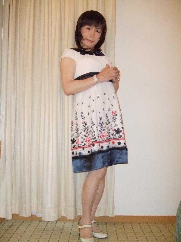 080812花柄ワンピ(1)