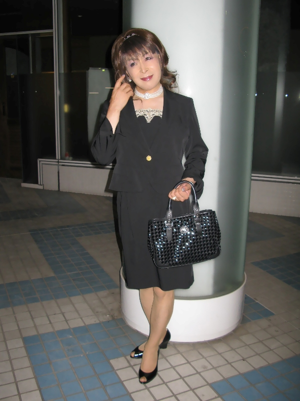 080912黒スーツ(1)