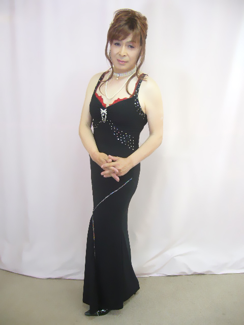 070525黒ドレスhime(1)