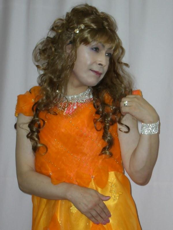 070824オレンジドレス(3)