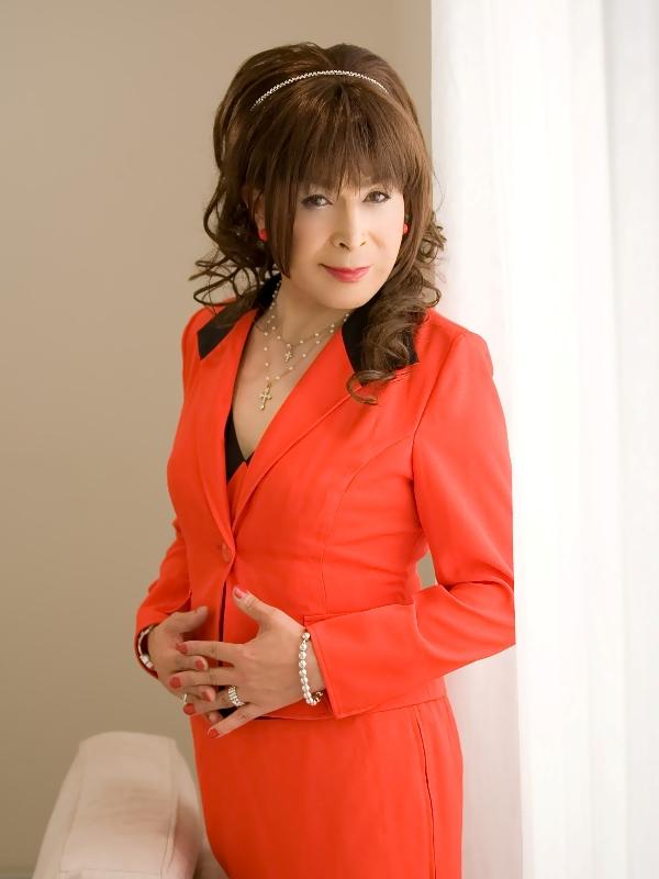080504赤スーツ(3)
