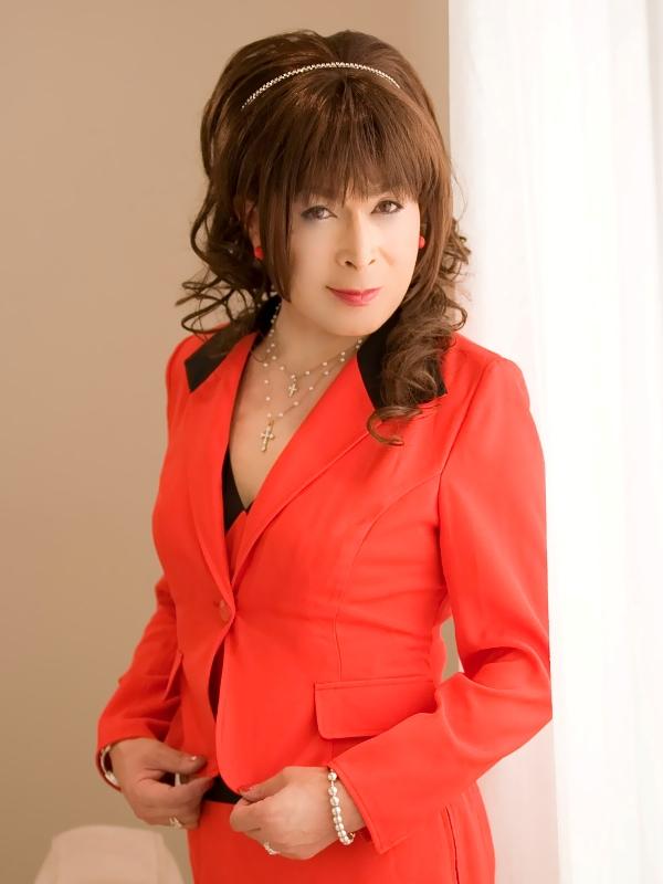 080504赤スーツ(5)