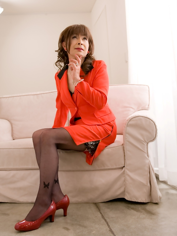 080504赤スーツ(7)