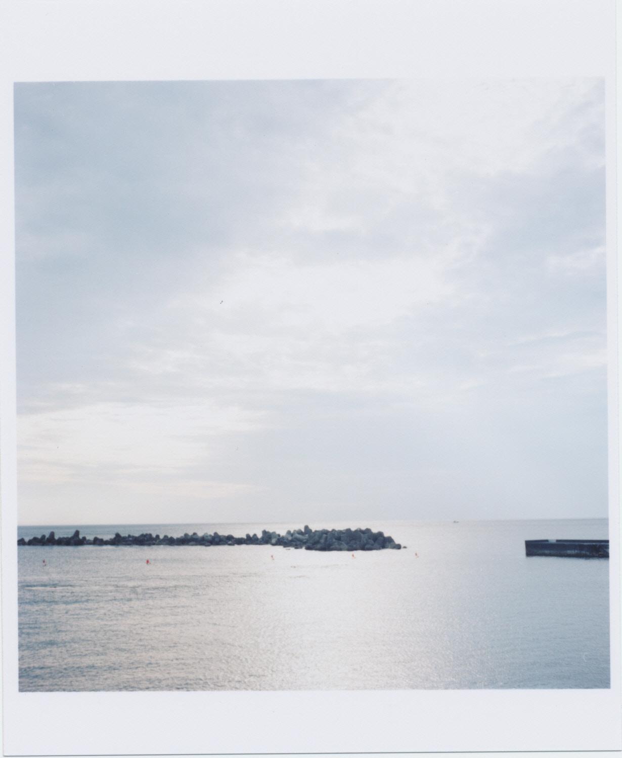 梅雨の八丈島の海02